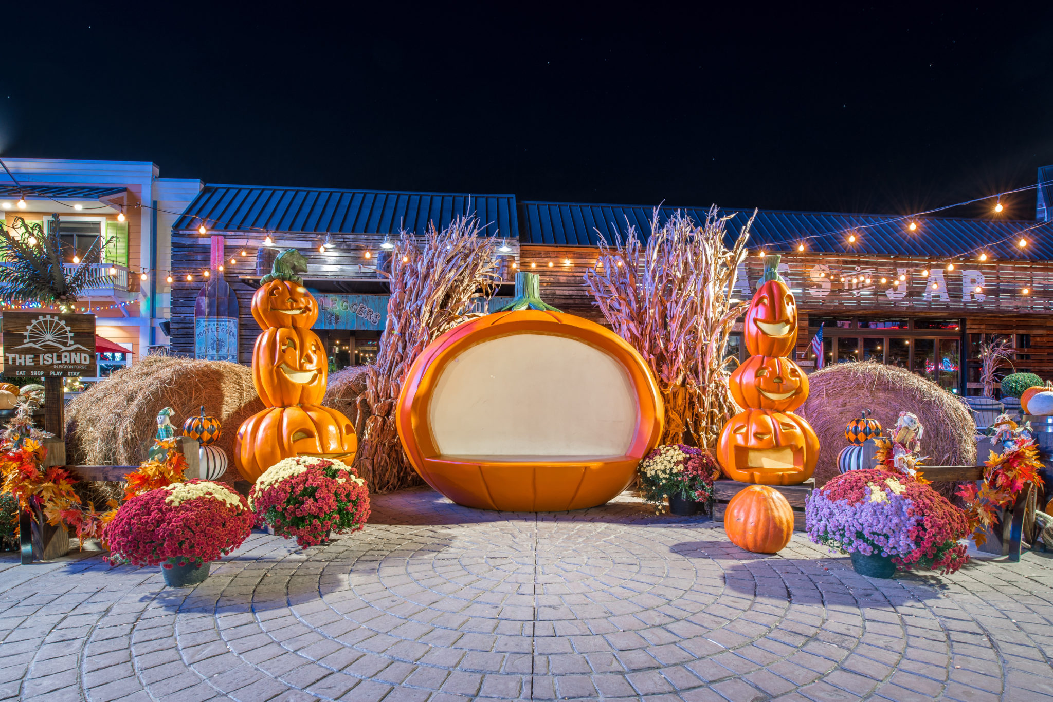 Large pumpkins and fall decor for taking pictures at The Island